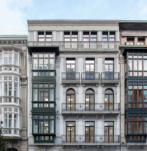 Rehabilitación Edificio Calle Uria Oviedo
